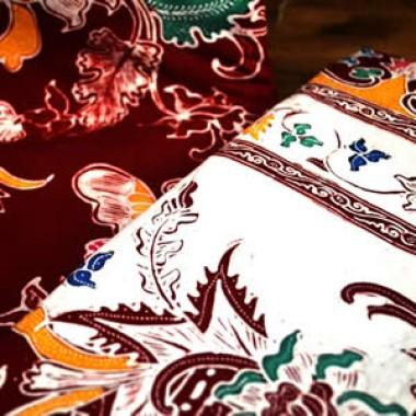 PERBEDAAN BATIK TULIS DENGAN BATIK CAP-batik tulis lasem