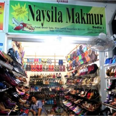 Sepatu Unik Rasa Lokal di Kios Sepatu Naysila_