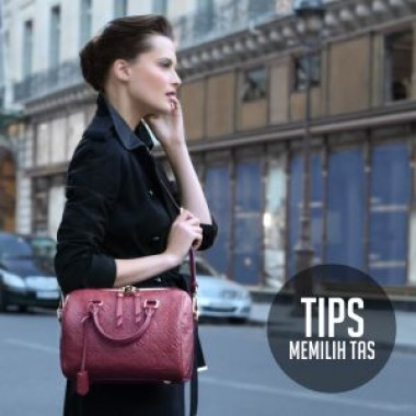 tips memilih tas sesuai bentuk tubuh__